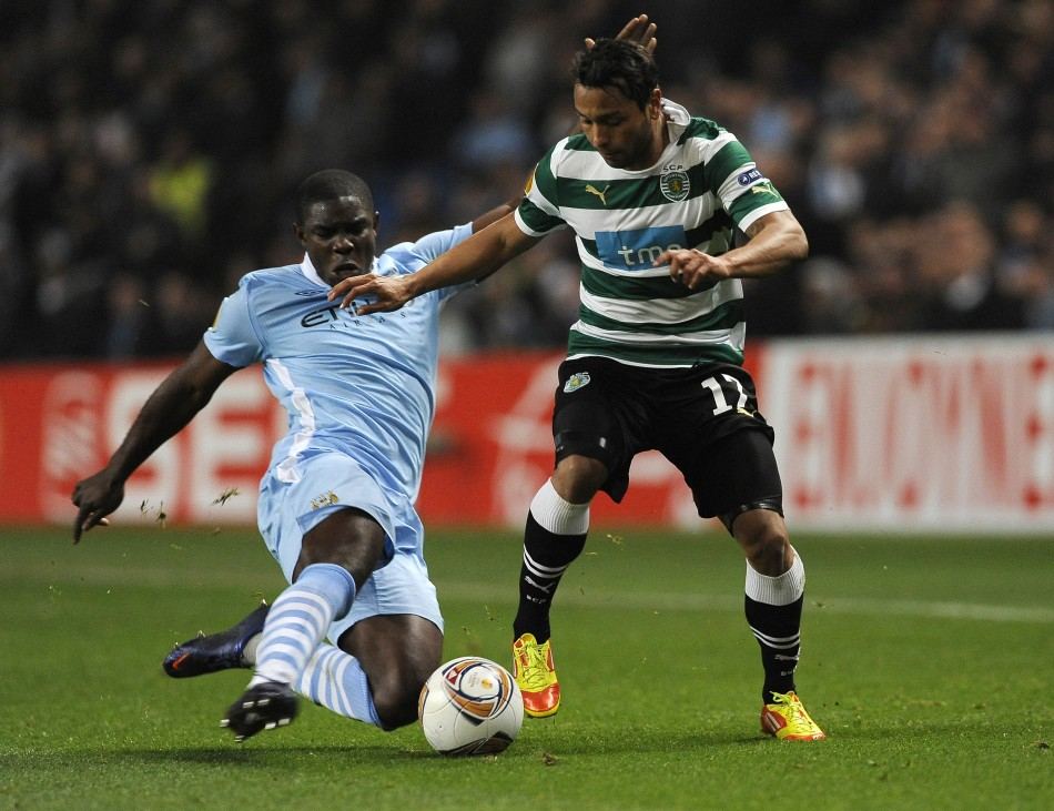 Micah Richards (L)