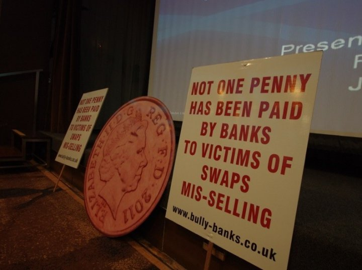 Hundreds of SMEs gather to seek answers over lack of compensation payouts (Photo: Bully-Banks)