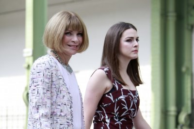 American Vogue Editor-in-chief Anna Wintour L arrives with her daughter Bee Shaffer