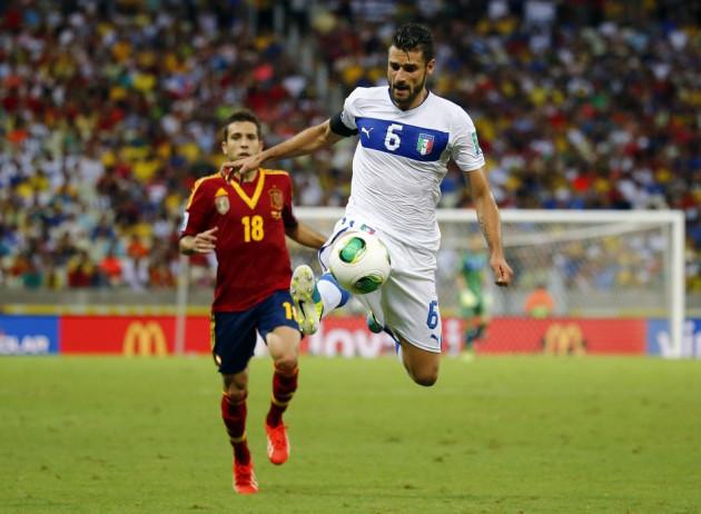 Antonio Candreva against Spain.