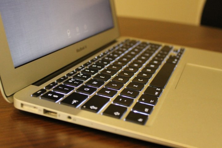 MacBook Air 11in (2013) Reivew