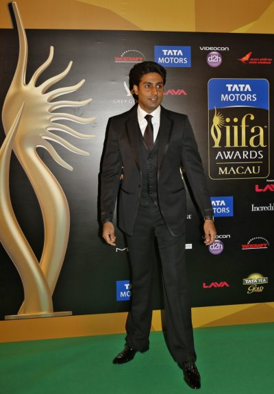 IIFA Awards 2013 Bollywood Celebrities on Green Carpet