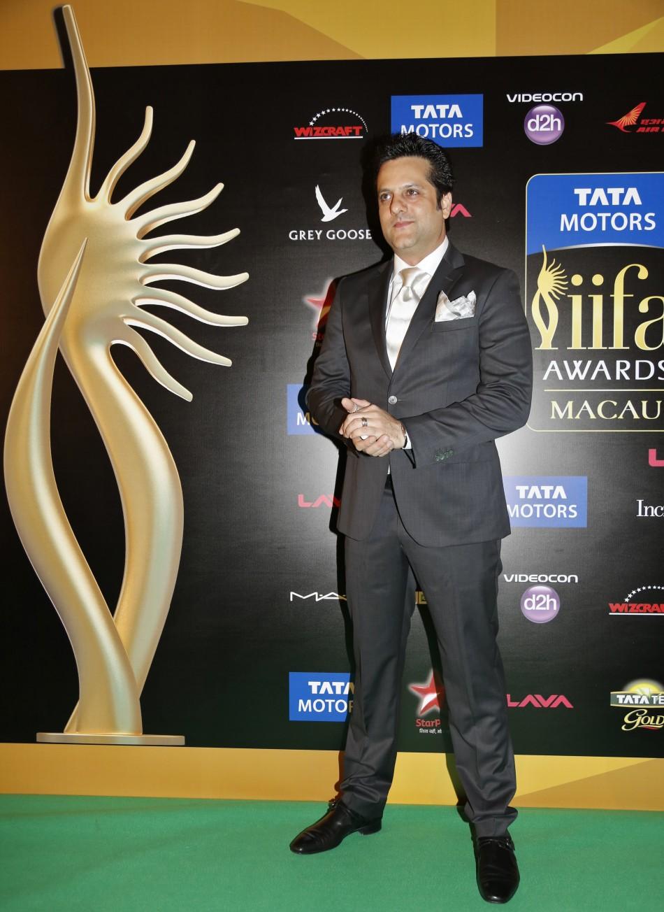 IIFA Awards 2013 Bollywood Celebrities on Green Carpet