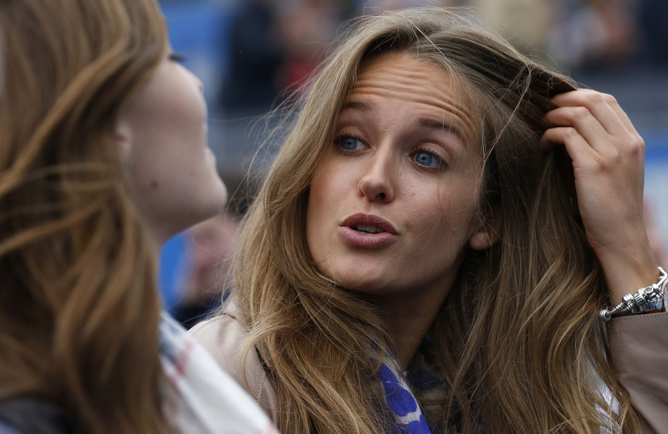 Kim Sears is Queen of Wimbledon 2013