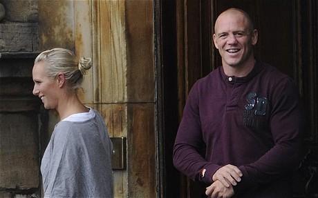 Victim of 'dwarf tossing' Martin Henderson has died