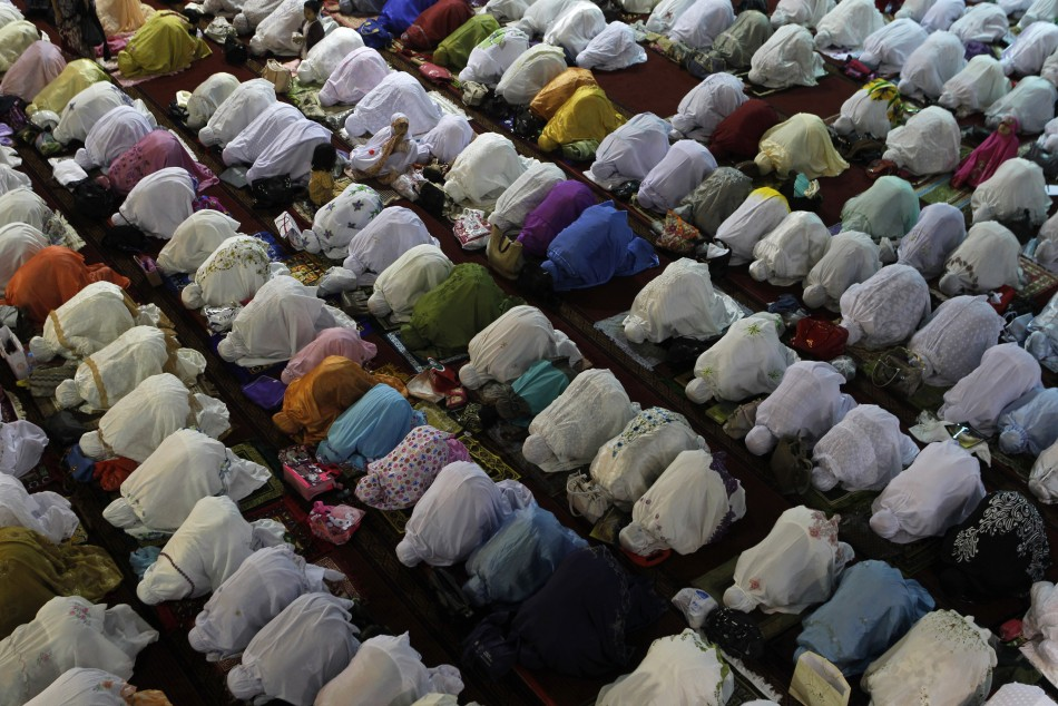 Ramadan 2013 First Day of Holy Month for Muslims