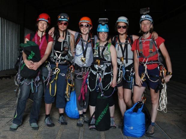 The six demonstrators before the climb (Greenpeace)