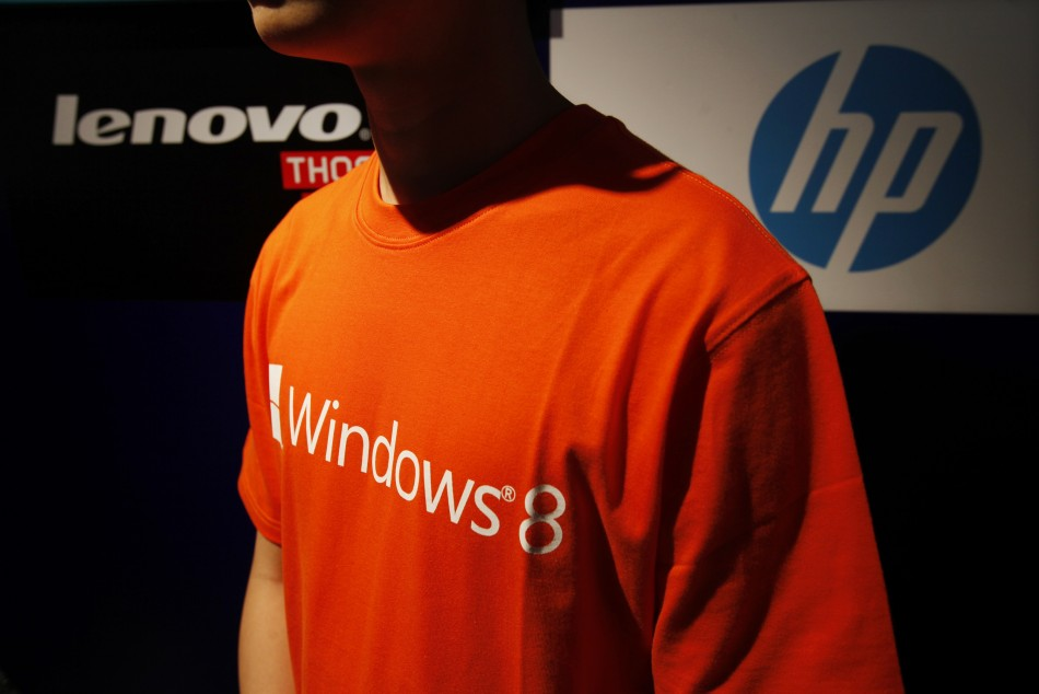 Global PC Shipments Slip 11%