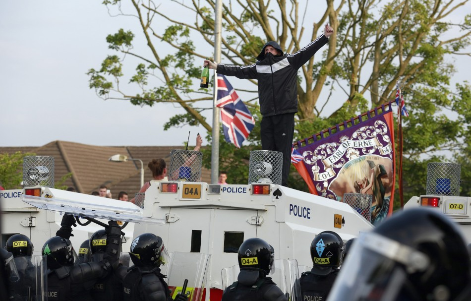 Loyalist protesters riot in Northern Ireland