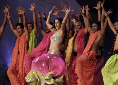 Kaif performs during the gala awards night of the 2006 Global Indian Film Awards in Kuala Lumpur early December 10, 2006.
