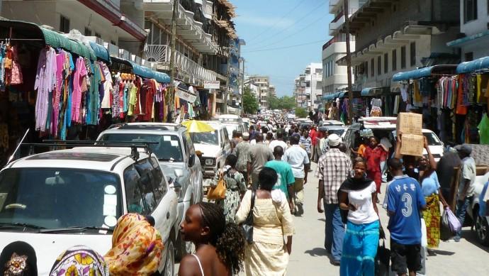 A bustling marketplace in Dar