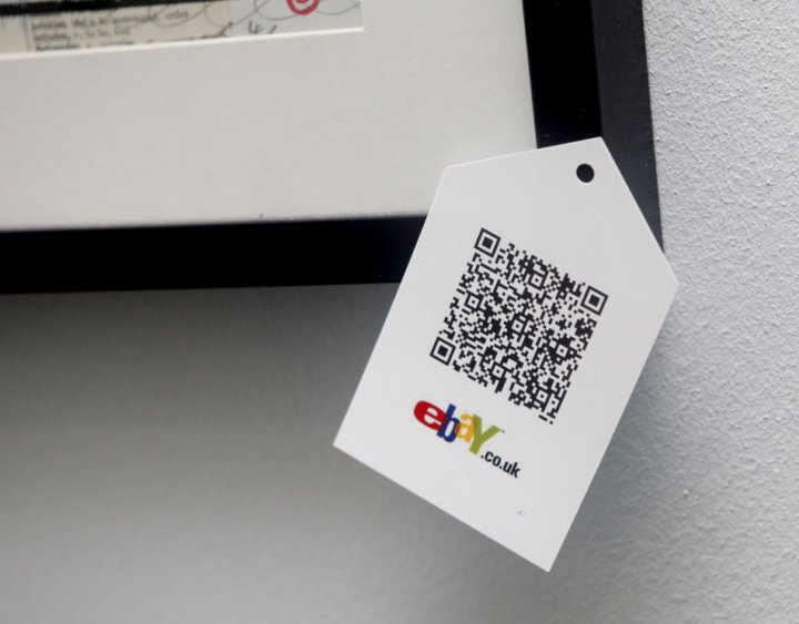 Google GLass Hacked by QR Code