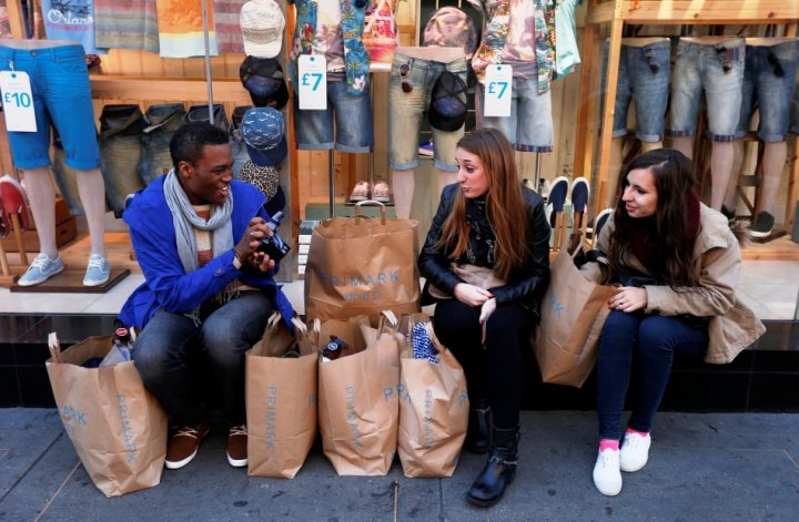 UK retail sales rise in June on department store discounts