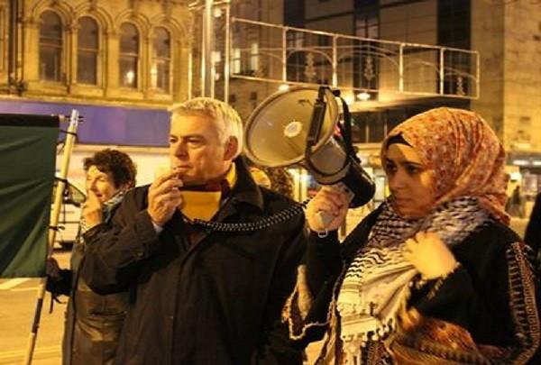David Ward (l) censured for anti-Israel remarks on Twitter