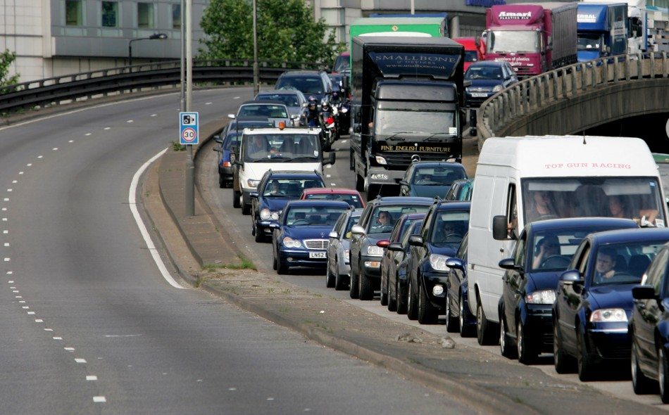 Save Money While Driving This Bank Holiday Weekend