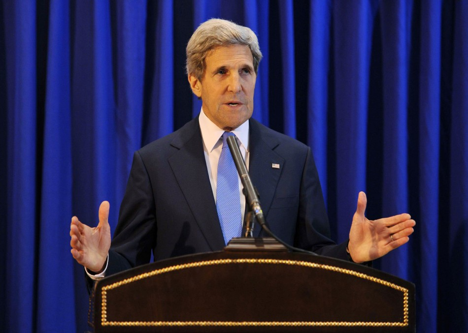 Kerry announces Israel-Palestine peace talks