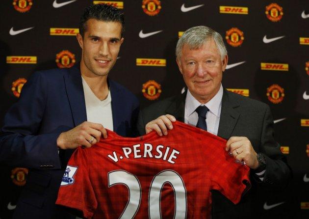 Robin van Persie (L) and Sir Alex Ferguson
