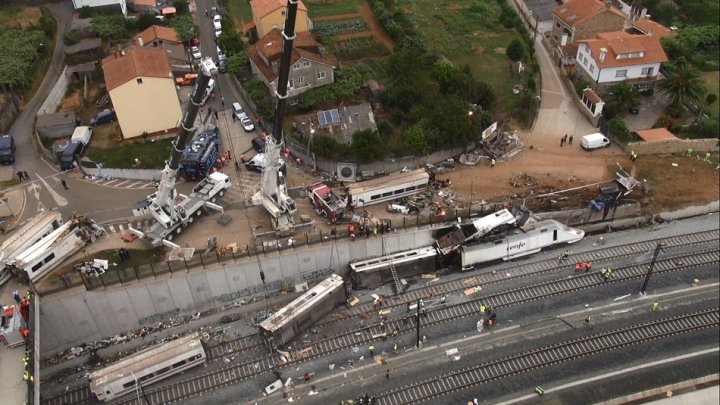 Train crash Santiago