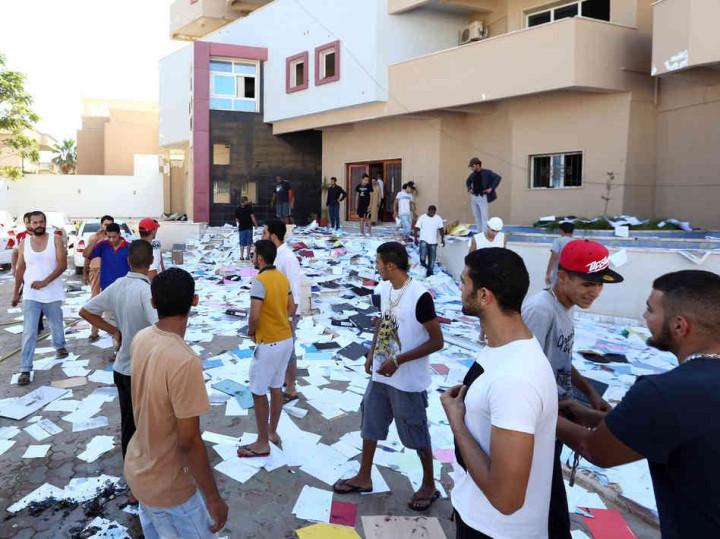 Benghazi jailbreak.