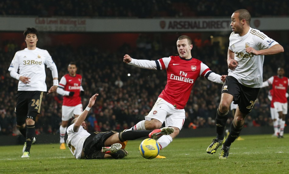Jack Wilshere (2nd R)
