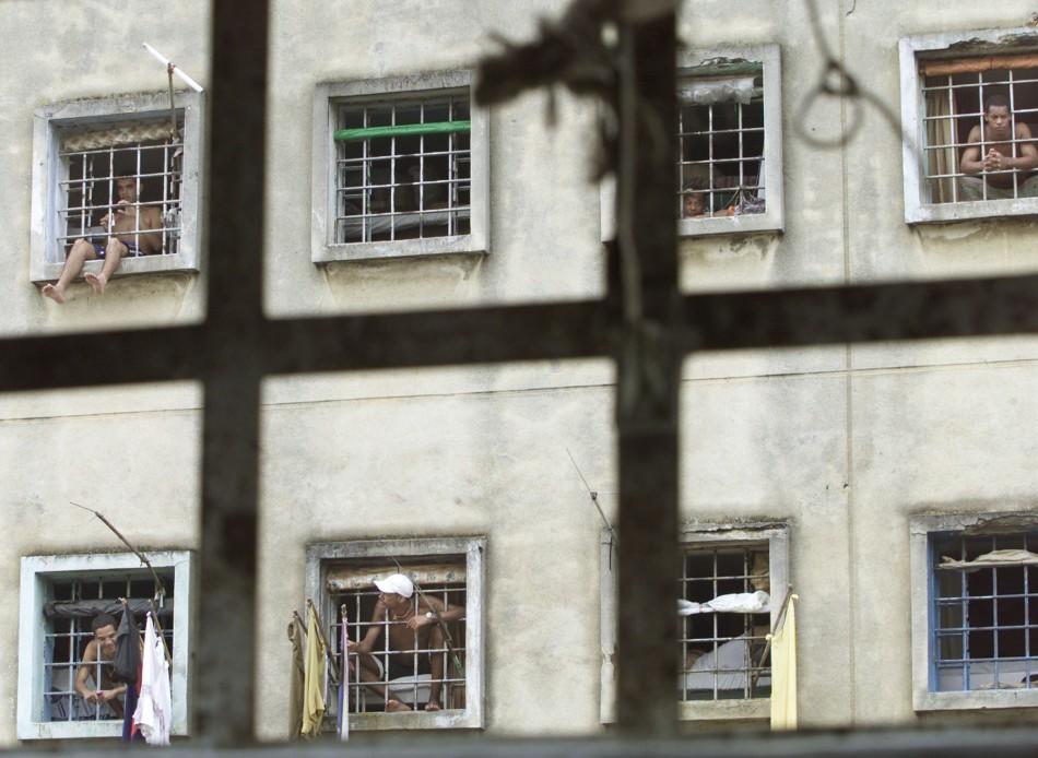 Inmates in Carandiru before it was demolished