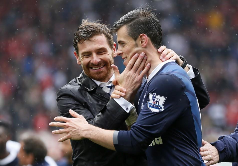 Andre Villas-Boas and Gareth Bale (R)