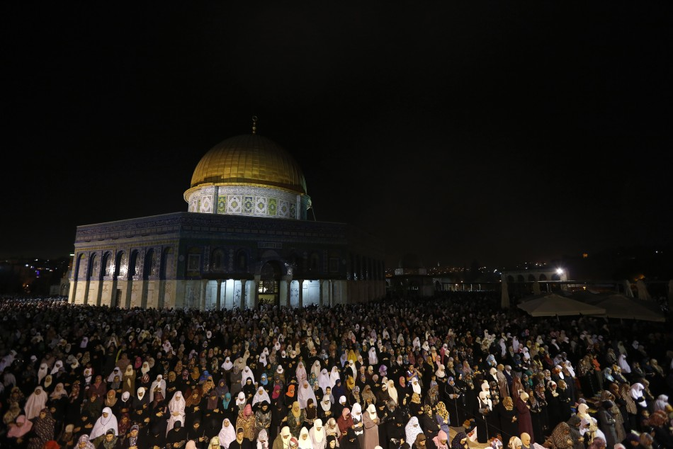 Dome of the Rock is seen in the Night of Power (Photo: REUTERS)