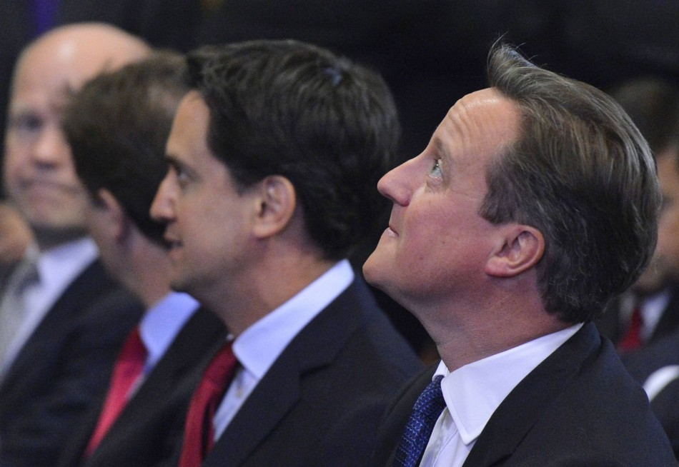 Leader of the Labour Party Ed Miliband (L) and UK Prime Minister David Cameron (R) (Photo: Reuters)
