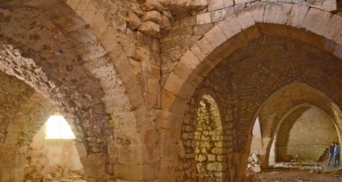 The part of a hospital building from Crusader era shows a large hall composed of more than six metres high massive pillars, rooms and smaller halls. (Photo: Yoli Shwartz/Israel Antiquities Authority)