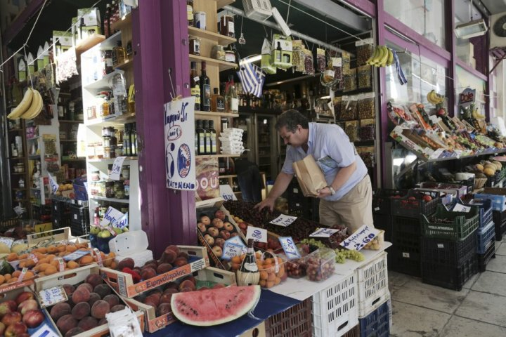 Greek consumer prices decline for fifth month in July, 2013