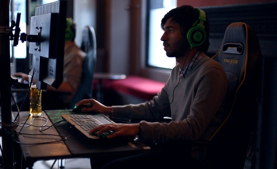 E-Sports: Welcome to the World of Professional Gamers