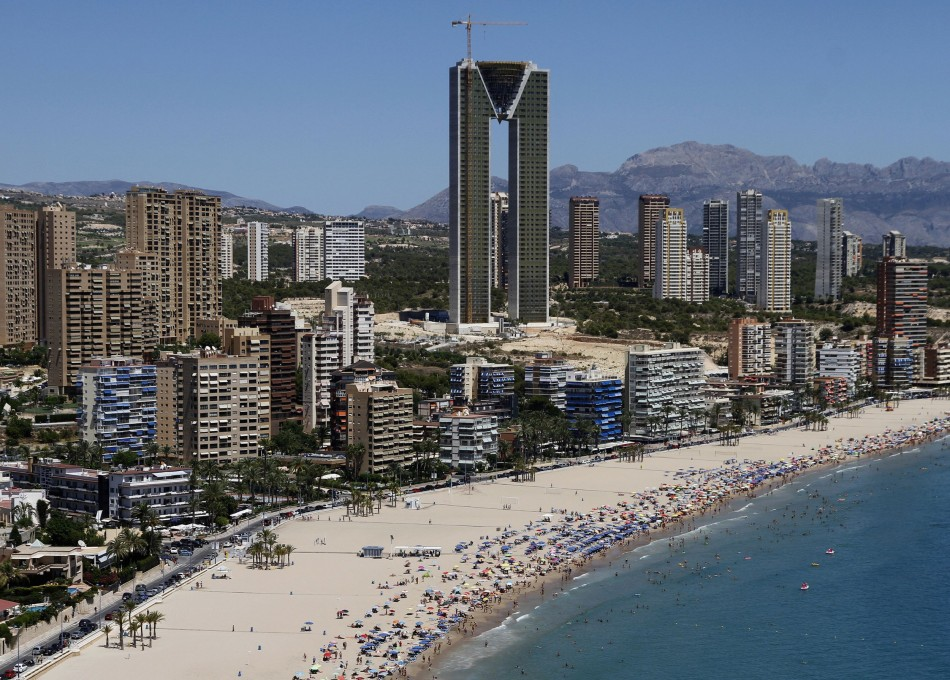InTempo, a 47-storey skyscraper undergoing construction in Spanish city of Benidorm may change the city's skyline but the building has become a symbol of crisis-hit Spain, for it was built without lifts to all the floors. (Photo: Reuters)