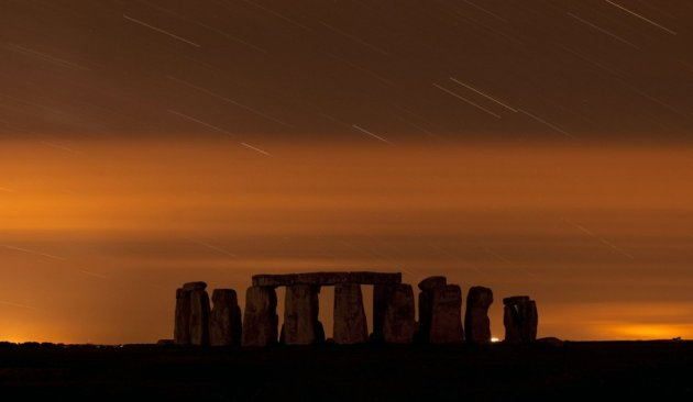 A general view of Stonehenge during the peak hours of annual Perseid meteor shower in the night sky in Salisbury Plain, southern England, August 13, 2013. (Photo: REUTERS/Kieran Doherty)