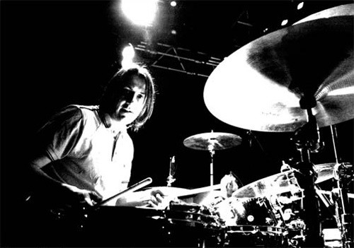 Jon Brookes was diagnosed with a brain tumour in 2010 (thecharlatans.net)