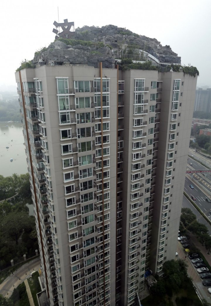 The villa covers an area of more than over 1,000 square meters (10,764 square feet) on top of a 26-storey high-end apartment building in Beijing. (Photo: Reuters)