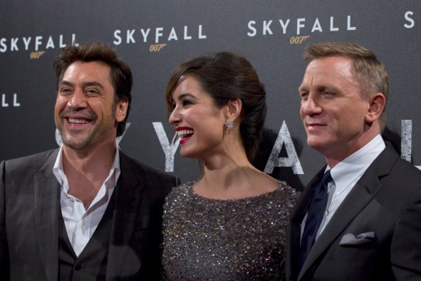 From L-R, Spanish actor Javier Bardem, actress Berenice Marlohe and actor Daniel Craig pose for photographers during a photocall for the film