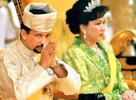 Sultan of Brunei with wife, Mariam Aziz