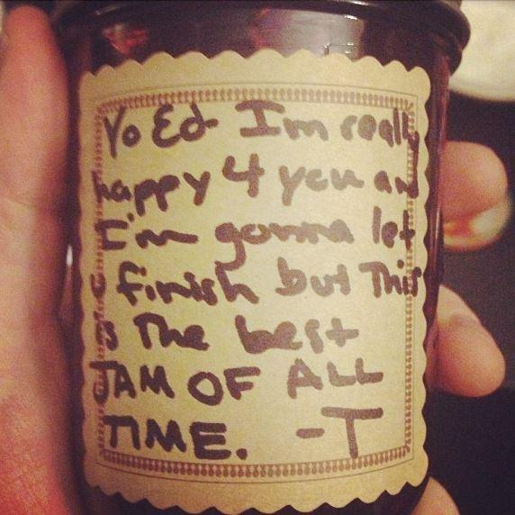 Taylor Swift mocks Kanye West in jam note to Ed Sheeran