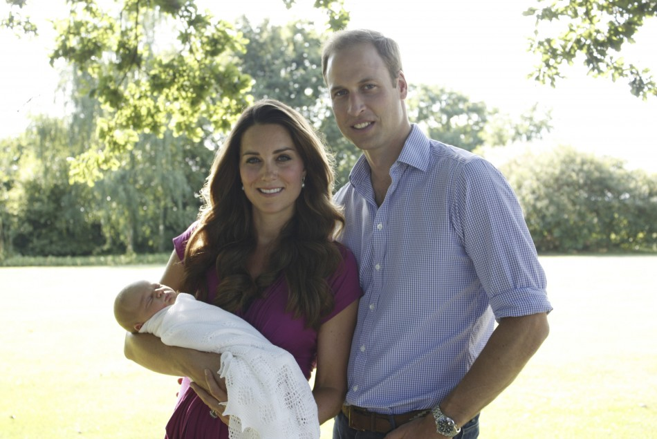 Prince George appears in a new photo shoot with Kate Middleton, Prince William/Reuters