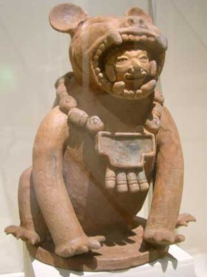 This ceramic sculpture, representing a jaguar warrior, was discovered in Cihuatan, the largest Mayan site in El Salvador. Archaeologists have found fragments of sculptures, possibly of jaguars, from five or six feline figures in Cihuatan. (Photo: FUNDAR)