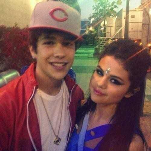 Selena Gomez and Austin Mahone Secretly Dating?