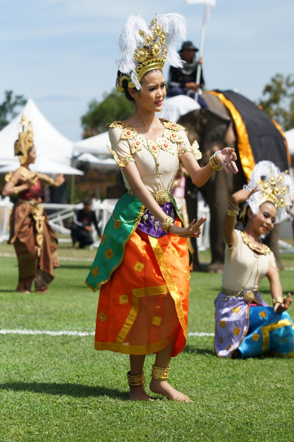 The opening ceremony for King's Cup Elephant Polo 2013 Tournament in Hua Hin, Thailand, was a colourful event. (Photo: www.anantaraelephantpolo.com)