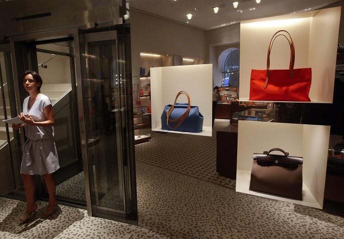 hermes birkin green ostrich - Birkin Bag Maker Herm��s Sees Profit Soar on Booming Global Sales