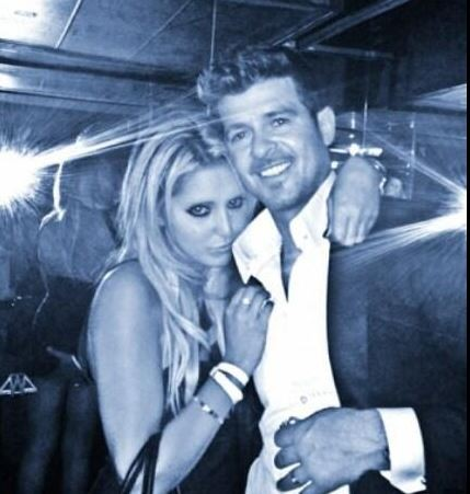 Robin Thicke pictured Groping Woman's Bottom at VMAs After-Party