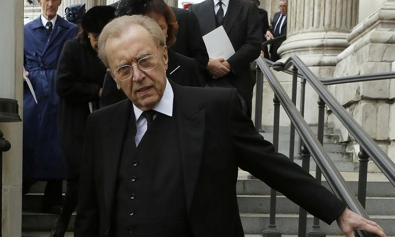 Sir David Frost Dies, Aged 74