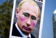 Obama Meets LGBT Activists Following Homophobic Russian Law