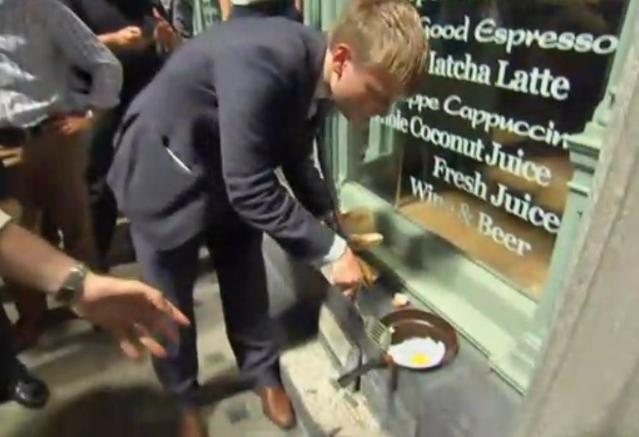 Egg sizzles on Eastcheap from Walkie Talkie tower block heat