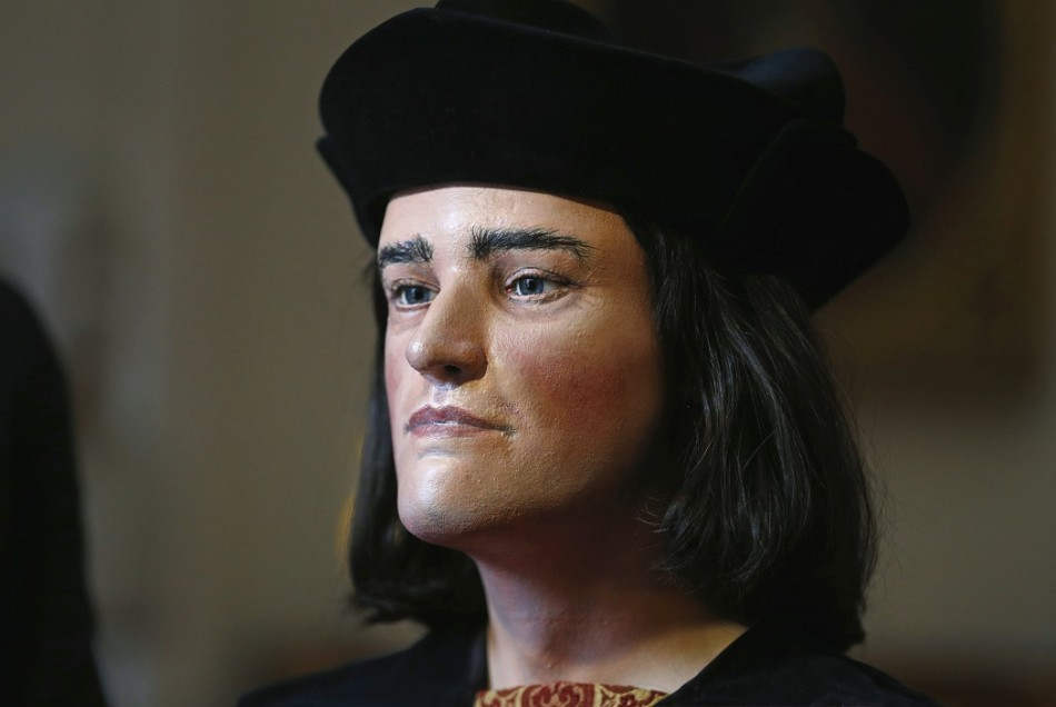 Where should King Richard III be buried - Leicester or York?