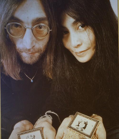 The Beatles Polska: Ruszyły prace nad filmem opowiadającym o miłości Yoko Ono i Johna Lennona