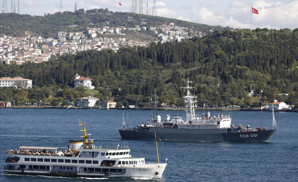 Russia moves another ship towards Syrian coast